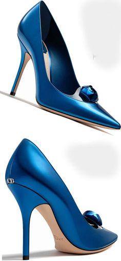 33 Blue Shoes To Update You Wardrobe Now - Dior Boots - Trending Dior Boots. - 33 Blue Shoes To Update You Wardrobe Now louboutin Hot Shoes, Blue Shoes, Shoes Heels, Pretty Shoes, Beautiful Shoes, Stilettos, High Heels, Dior Jewelry, Pandora Jewelry