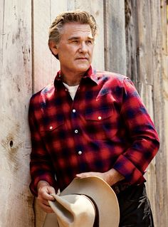 Kurt Russell poses in a Givenchy shirt with a Levi's Vintage Clothing t-shirt and vintage Stetson hat for GQ. Red Flannel Outfit, Black Flannel Shirt, Red And Black Flannel, Flannel Shirts, Flannels, Plaid Flannel, Red Plaid, Gq Usa, Givenchy Shirt