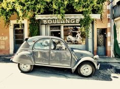Citroën Deux Cheveux used for collecting fresh baguette every morning in Provence by my father-in-law.