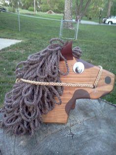 Stick horse head Cowboy Birthday Party, Stick Horses, Western Parties, Wood Sticks, Horse Head, Wood Toys, Wooden Diy, Kids Toys, Party Themes