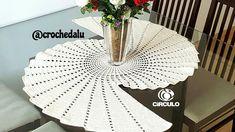 Centro/Caminho de mesa espiral em crochê