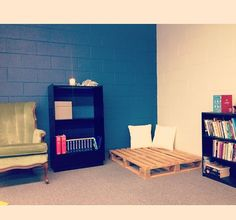 Reading nook for classroom- add hanging lights overhead for the perfect reading corner