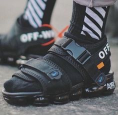 """Who need some custom made """"Nike Air Max Sandals X Off-White""""? Summer Sneakers, Sneakers Nike, Shoe Boots, Shoes Sandals, Creative Shoes, Kicks Shoes, Hypebeast, Designer Sandals, Sneaker Brands"""