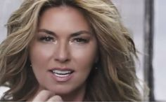 Country Music Stars, Country Singers, Shania Twain Pictures, Most Beautiful, Beautiful Women, Learning Guitar, Portuguese Food, Pop, Female