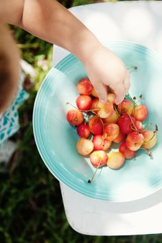 Roasted Tomato Tart, Rainier Cherries And Scenes From A Weekend :: Cannelle et Vanille