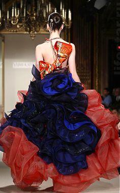 Yumi Katsura Fashion In, Couture Fashion, Passion For Fashion, Kimono Dress, Tulle Dress, Beautiful Gowns, Beautiful Outfits, Steampunk Couture, Japanese Wedding