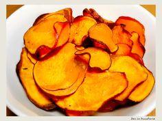 Chipsuri din cartofi dulci la cuptor Snack Recipes, Snacks, Food, Snack Mix Recipes, Appetizer Recipes, Appetizers, Meals, Yemek, Treats