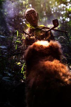 Unheimliche Wesen im Zauberwald