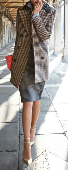 Elegant for work in houndstooth skirt suit with long jacket, and gold shoes. Sofiaz Choice. #work wear. #spring & fall. via #thedailystyle