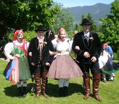 FolkCostume: Slovenian / Austrian Costume of Ziljska Dolina or Gailtal, Carinthia, Austria