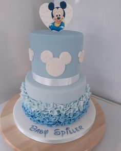 Unisex Baby Shower, Baby Shower Cakes For Boys, Baby Shower Themes, Shower Ideas, Mickey Mouse Birthday Cake, Mickey Cakes, Disney Birthday, Disney Theme, Mickey Mouse Baby Shower