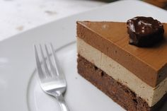 Untitled #comida #tartas #postres #spongecake #delicious #chocolate #creamy #sweet #cake #tortas #cioccolato #chocolat #cakes #torta #chocolatecake #chocoholic #pastel #yummy #dessert #layercake #pasteles #food #tarta #foodporn #delicious #cake #mmm