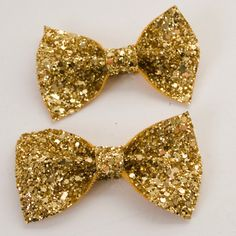 these are cute, i need them for Averys christmas outfit.