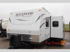 New 2014 Forest River RV Rockwood Ultra Lite 2910TS Travel Trailer at Fun Town RV | Cleburne, TX | #132919