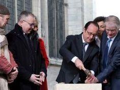 François Hollande lance la reconstruction de la flèche de Saint-Denis