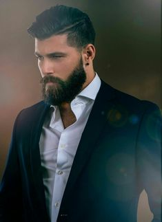 These 9 thick beard styles will make you the talk of the town and forever elevate your beard game.