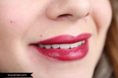 #82642 Crazy Cranberry http://www.eyeslipsface.nl/product-beauty/hydraterende-lippenstift