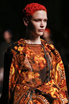 Givenchy AUTUMN/WINTER 2013-14 READY-TO-WEAR CLOSE UP