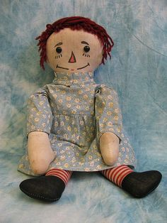 This sweet Volland Raggedy Ann is the last in the series of Volland Raggedy Ann dolls. She is from 1931-1934.