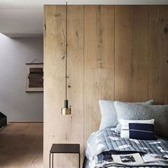 """90 mentions J'aime, 1 commentaires - Le Bois Facile avec Mauler (@boisfacile) sur Instagram: """"Ce beau mur en bois fait également office d'immense tête de lit. Ca donne envie de refaire la même…"""""""