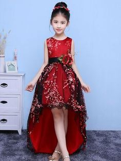 Clothes for kids site Baby Girl Party Dresses, Little Girl Dresses, Girls Dresses, Flower Girl Dresses, African Dresses For Kids, African Fashion Dresses, Frocks For Girls, Kids Frocks, Dress Anak