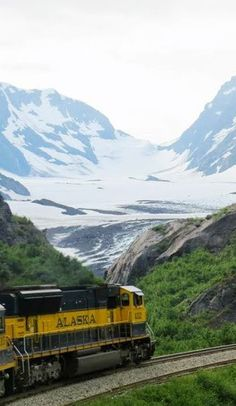 Explore #Alaska by #Train http://en.directrooms.com/hotels/country/10-152/