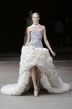 Cheap Wedding Gowns Online: Alexander McQueen Fall 2011 Collection