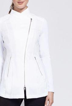 Noel Asmar Uniforms, the Jada in White. Spa Uniform, Uniform Ideas, Stylish Scrubs, Beauty Uniforms, Scrubs Outfit, Lab Coats, Medical Uniforms, White Charcoal, Jada