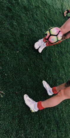 Girls Soccer Cleats, Soccer Pro, Football Girls, Soccer Players, Football Soccer, Soccer Shoes, Soccer Baby, Nike Soccer, Cute Soccer Pictures
