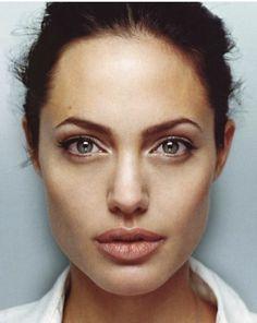 """Angelina Jolie photographed by Robert Maxwell - 2001 "" Angelina Jolie Face, Angelina Jolie Photoshoot, Angelina Joile, Angelina Jolie Pictures, Jolie Pitt, Le Jolie, Face Photography, Beautiful Celebrities, Brad Pitt"