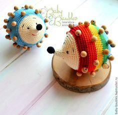 """Купить """"Ёжик можжевеловый"""" игрушка тактильная (погремушка) - разноцветный, игрушка тактильная, развивающая игрушка"""
