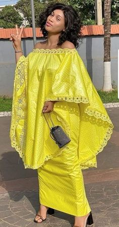 African Blouses, African Maxi Dresses, Latest African Fashion Dresses, African Dresses For Women, African Print Fashion, Africa Fashion, African Attire, African Wear, Vitenge Dresses