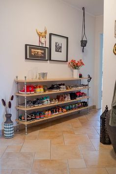Brilliant Ideas To Make Pipe Shoe Rack On Wall - mix. Wall Shoe Rack, Diy Shoe Rack, Shoe Wall, Tiny Spaces, Small Rooms, Bedroom Furniture Design, Diy Sofa, Home Organization, Organizing