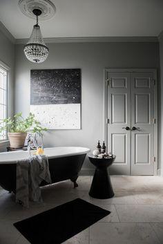 Grey and white bathr