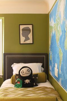 Love some of these greens!  Need to revisit some of the rooms in our house...   Scientifically Soothing: 6 Successful Green Wall Paint Colors from House Tours | Apartment Therapy