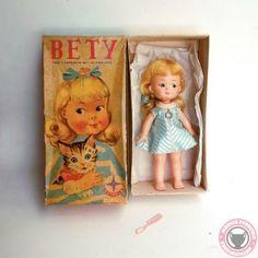 Boneca Estrela Bety - ObjetosAntigos.com