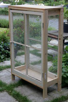 Juulsjools in the garden: Kasje in de tuin