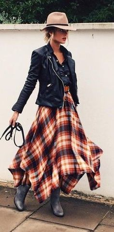 Fall fashion | Tartan vaporous dress with leather jacket and floppy hat