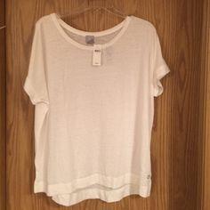 GAP Fit T-shirt White super soft GapFit T-shirt. NWT. Size L GAP Tops Tees - Short Sleeve