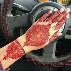 Top 50 Engagement Mehndi Designs 2019 You Should Try Arabian Mehndi Design, Indian Mehndi Designs, Mehndi Designs 2018, Mehndi Designs For Girls, Stylish Mehndi Designs, Mehndi Design Pictures, Wedding Mehndi Designs, Henna Designs Easy, Beautiful Henna Designs