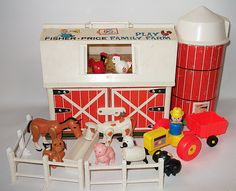 Vintage Fisher Price Barn Farm