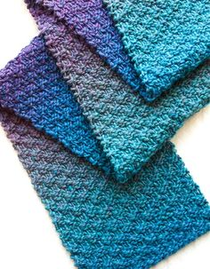Gentle Stripes Scarf. Free knit pattern.