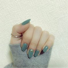 だいすきなみどり。ネムル #selfnail #nail #nails #nailstagram #gelnail #gelnails #self #green #l4l #goodnight #セルフネイル #ネイル #ジェルネイル #ワンカラーネイル #シンプルネイル #緑 #