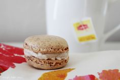 French Macarons with Browned Butter Coconut Buttercream Filling via design. bake. run.