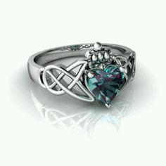 Alexandrite Claddagh Ring