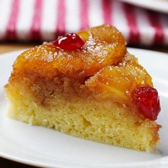 Rice Cooker Pineapple Upside-Down Cake Practical recipes video recipe Pineapple Upside Down Cake, Pineapple Cake, Pineapple Juice, Cooking Tv, Rice Cooker Recipes, Buzzfeed Tasty, Tea Time Snacks, Sweet Pastries, Eat Dessert First