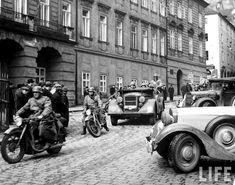 hitler-nazi-germany-czechoslovakia-annexation-1938-ww2-prague-002.jpg (1181×930)