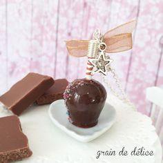 collier bijoux gourmand pomme d'amour chocolat : Collier par grain-de-delice