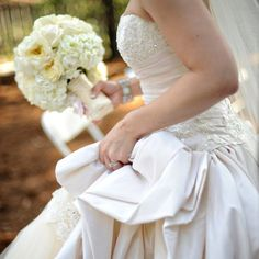 Get expert wedding planning advice and find the best ideas for wedding decorations, wedding flowers, wedding cakes, wedding songs, and more. Island Wedding Dresses, Island Weddings, Beach Weddings, Wedding Songs, Beautiful Gowns, Bridal Gowns, Destination Wedding, Wedding Decorations, Kangaroo Island