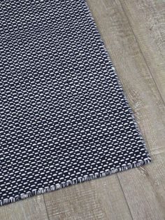 Aura - The Rug Collection Rugs In Living Room, Wool Rug, Weaving, Pure Products, Playroom, Design, Flat, Game Room Kids, Bass